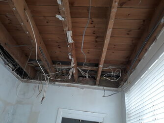 Electric wires above ceiling.jpg