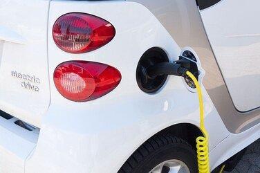 electric car (2).jpg